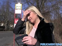 PublicAgent Amazing boobs and a blonde blowjob