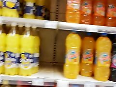 www misri hot co GRANNY UPSKIRT IN SUPERMARKET
