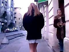 Shameless Kathy - public pee