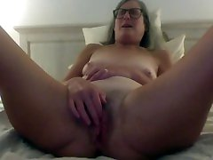 Horny Stepmom Fantasizes About Stepson Fingers Pussy emo sissies Milf