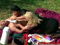 fat lesbian carmela bing lesbo outdoor orgy