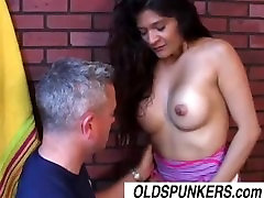 Sexy latina MILF Sophia is a hot little fuck