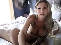 Very beautiful baltkar spna ka videeo brunette fucks her tranny