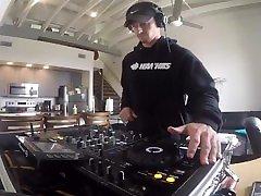 DJ AndOne NAILS His New DJ Routine