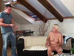 He finds his GFs she came on top naked and fucks her