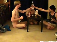 Male models This is a long video for you voyeur types who like the idea