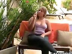 انحنا لاتین سیگار
