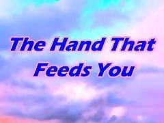 a mão que te alimenta-espancar