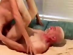 Young fucks daddy bear