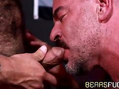 Bearded hunk raw impales his older lover before eating cum