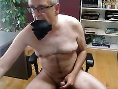 Subbie51m Masturbating on cam
