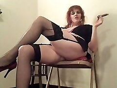 Oldschool Fetish Vid With A Big Cigar And Some Pussy Rubbing