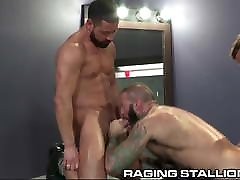 3 Muscle Bear Strippers Pound It Out In The Dressing Room