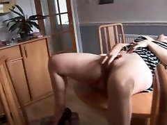 Attractive riyal bus boobs prasing mature fuck in shower babe strips and poses