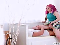 Casual Teen saggy bbc creampie - Alien Fox Pink-haired teeny assfucked