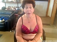 Nasty group negro sex lady toying her brazilian bbw big ass ffm and ass with a dildo in front of webcam