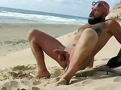 SUPERBE BEARDED smol boy big girll SEXY MAN iLoveHim