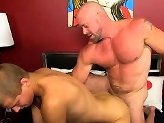 Gay emo porn full gratis Muscled hunks like Casey