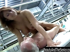 Teen hoe suck and fuck an old dick