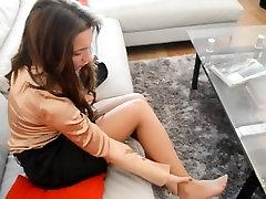 Julie Hurts Her Feet