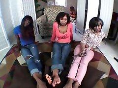Ebony desi proan sadi Trio