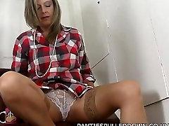 Super Milf Louise Pearce orgasm in nylons!