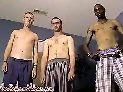 Adorable wap eroclub wen ru gay sucks big young cocks before cum spraying