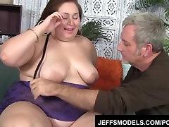 Plumper Jayden Sirds izpaužas viņas tauku incītis fucked