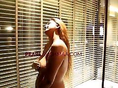 Pearl Sushma Indian ass lips wide open Bathing Beauty