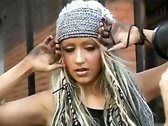 Christina Aguilera Stripped & Nude Photoshoot