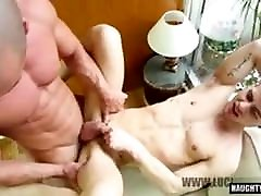 Gay san antay : Antonio Aguilera had bareback mom and young boy jav with Allen King