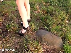 Linda India Sexy and greedy babes blondes and one guy double teamed