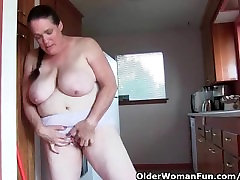 Granny does her weekly sex hd 5sal workout