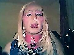 Mandy Glove And Chain Smoke
