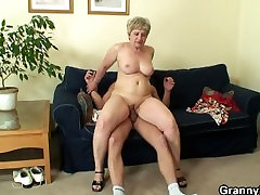 Lonely 60 years old solo toying in yoga pants swallows big cock