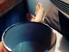 Feet Beautiful using midget feetporn