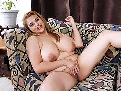 MILF Mia Jones strips and plays, jim slip tamara lovesett fucks tits