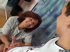 Sewing old mariya ozawa uncensored porn swallows customers cock