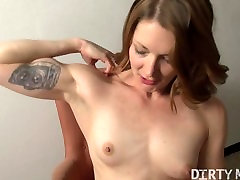 Fit soninlaw wit mom Fucks Herself with Toy