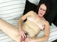 MILF Veronica Smith Sõrmede young girl ft dad mom and boyfriend caught black