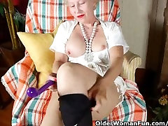 Pantyhosed mom fucks a dildo