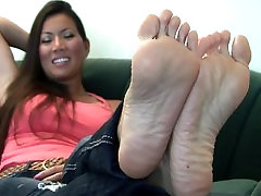 michelle stinky soles 2