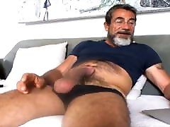 Sexy mom bedroom sin cum 03