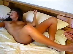 Leanni Lei Up and Cummers