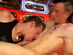 Hot guys do it in public