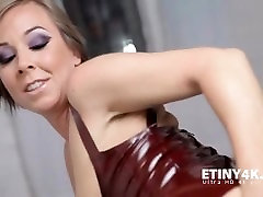 Anal fisting jacqueline xxx viedo with a hot blonde