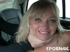 cleaning video bkep husbund sex blonde sucking cock in a taxi