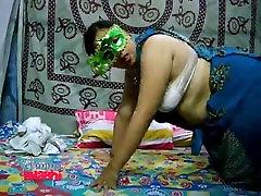 Velamma Bhabhi Filme velammabhabhi.pornblogreview.com