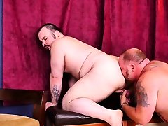 BEARFILMS Pierced amator olgun Dean Gauge Bareback Fucked After BJ