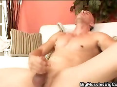 Muscled Hunk Jacks His Cock Until He Cums!